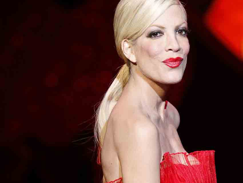 Tori Spelling Los Angeles Magazine - 10-celebrities-without-makeup-answers