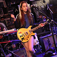 Haim Plays the Red Bull Sound Space at KROQ Los Angeles Magazine