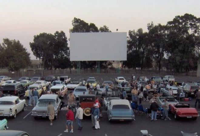 A Guide To L A S Drive In Movie Theaters Los Angeles Magazine