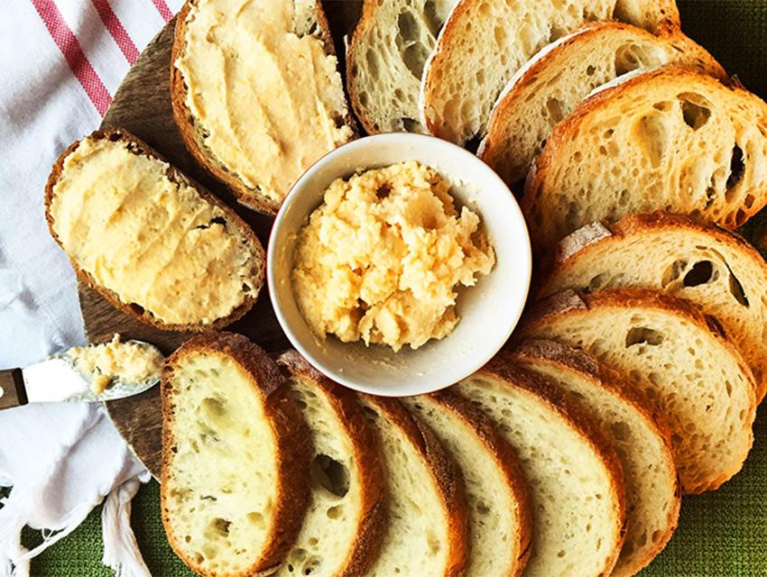 Garlic-Cheddar-Cheese-Spread-(Courtesy-of-Tillamook)