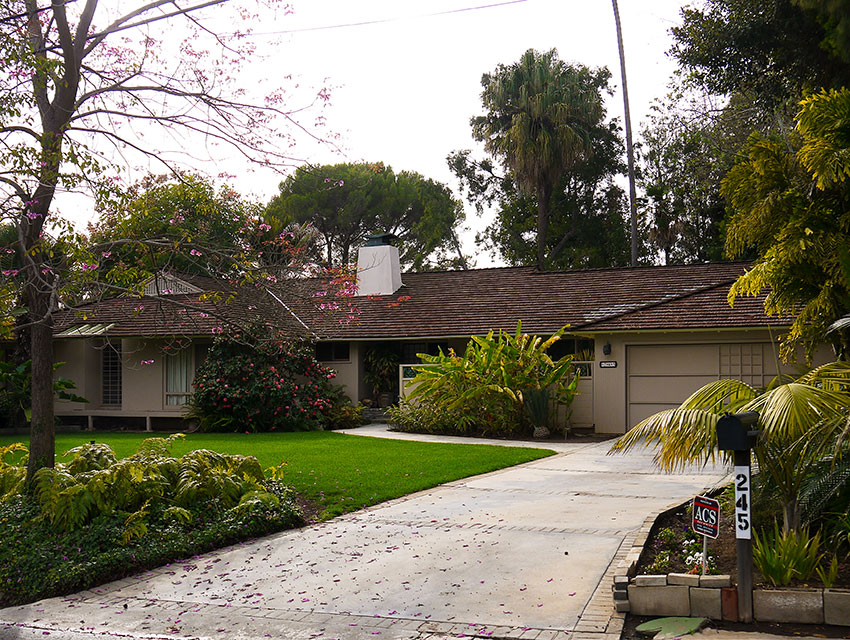 the golden girls house for sale brentwood