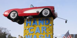 Hand Wash Car Wash >> Three Gold Plated L A Car Washes That Will Spoil Your Ride