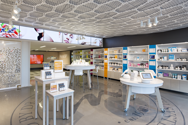 Murad_Flagship Store_Interior_HR