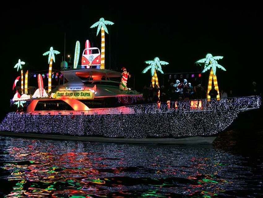 Christmas Boat Parade.Lights On The Water Los Angeles Magazine