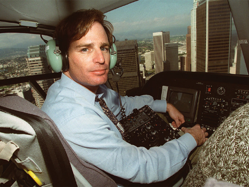 Bob Tur, in 1996, piloting his news helicopter over Los Angeles during a live KCBS report