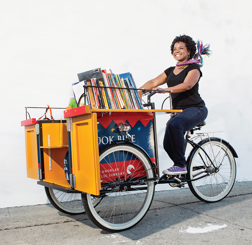 Kelly takes reading to the streets of San Pedro