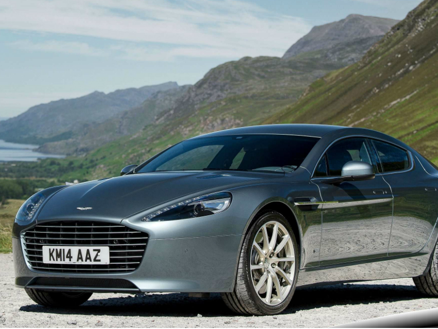 The 200 Mph Aston Martin Rapide Isn T Practical But Who Cares Los