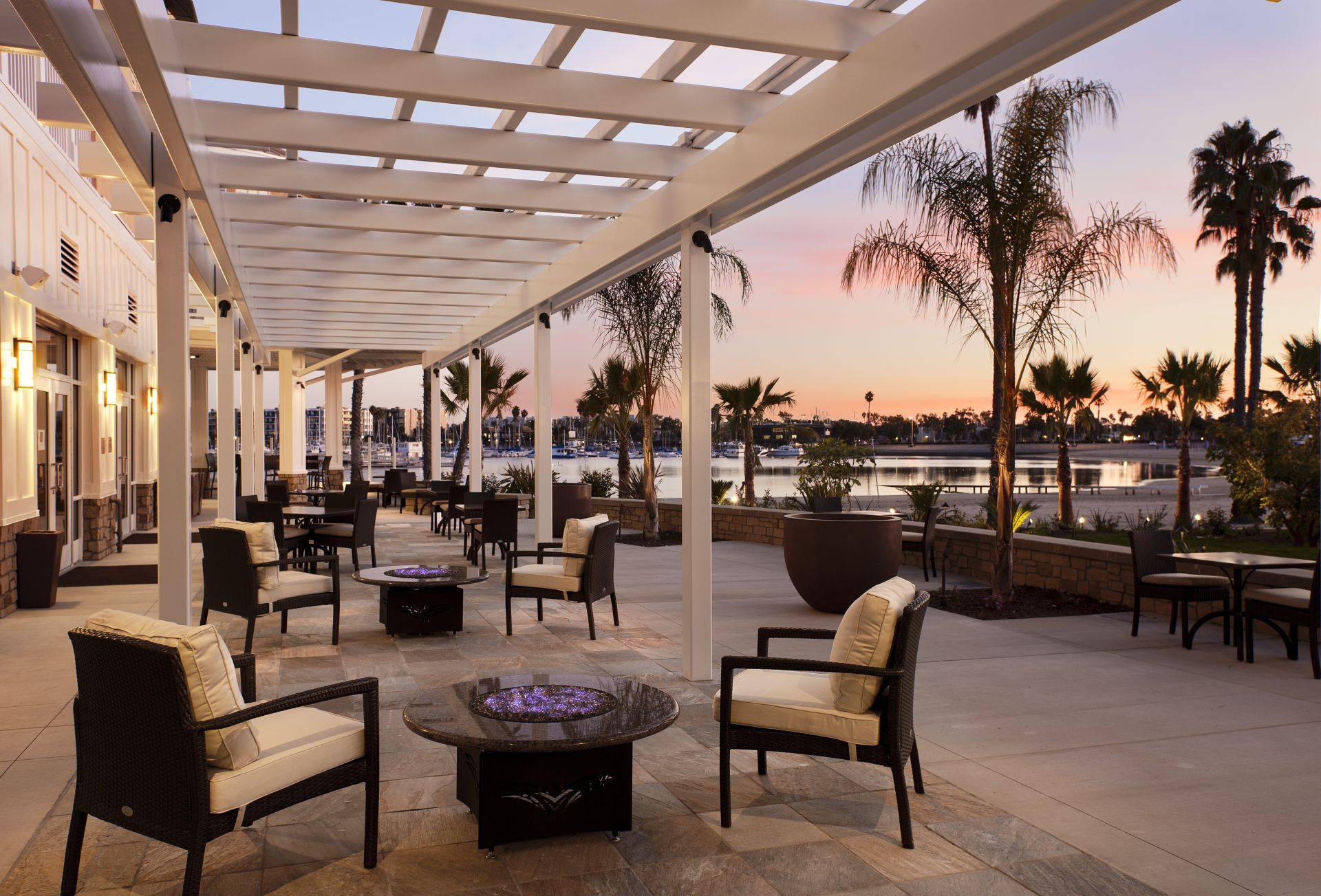 Toast Marina Del Rey S 50th Birthday With Drink Specials On The Water Los Angeles Magazine