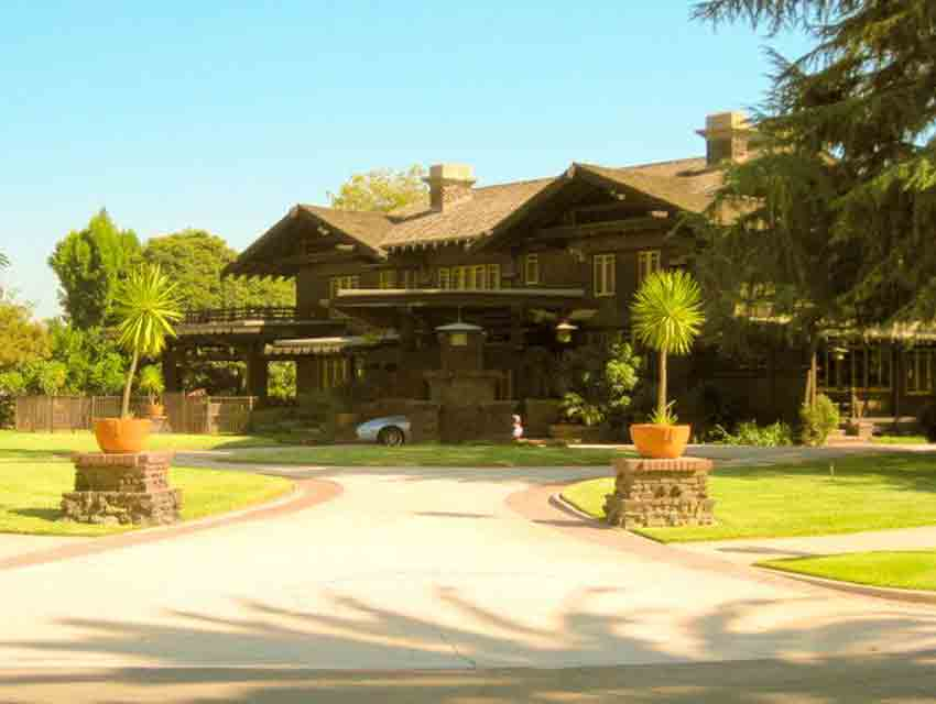 Doc Brown S House From Back To The Future Los Angeles Magazine