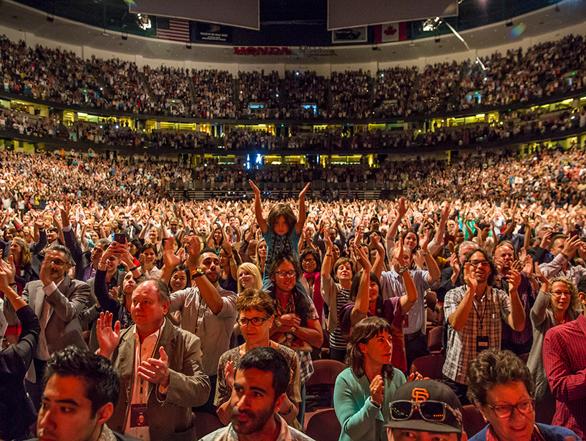 Images of Audience Clapping Sound Effect - #rock-cafe