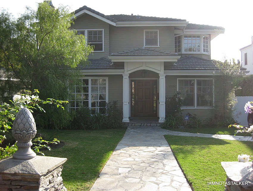 Phil and Claires house.