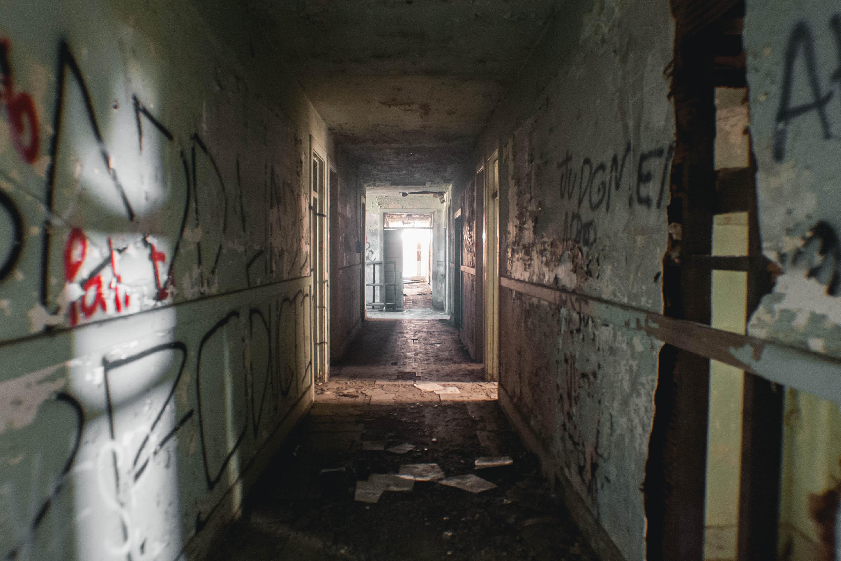 Take A Look Inside Downey S Creepy Abandoned Asylum