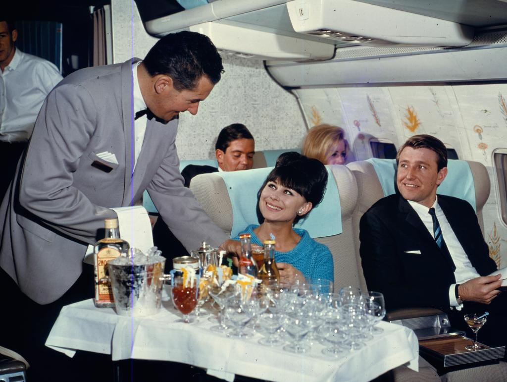 Bar onboard Qantas flight in 1965