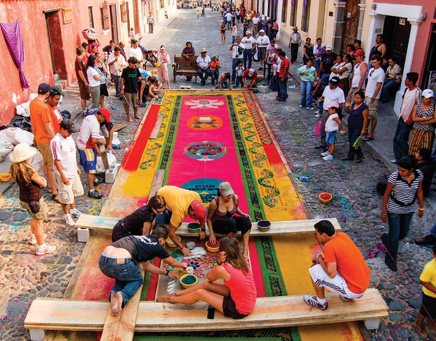Making a Holy Week carpet.