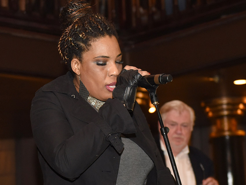 Macy Gray also performed at the tribute