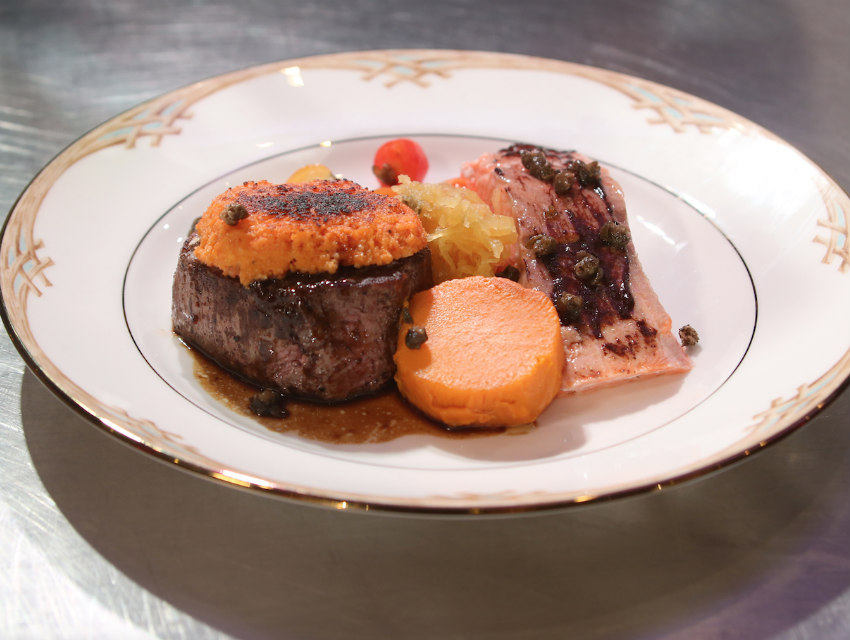Golden Globes Food Steak