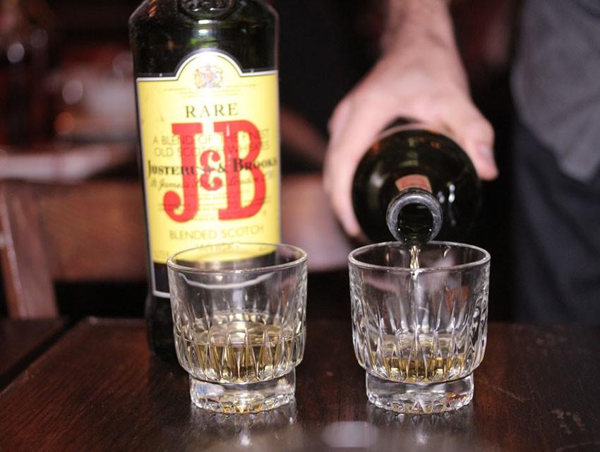 Desk whiskey
