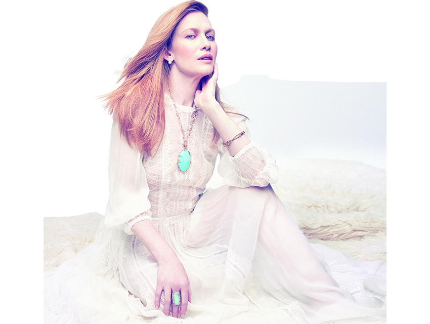 Mireille Enos Holds Off Hunting Bad Guys On Abc S The