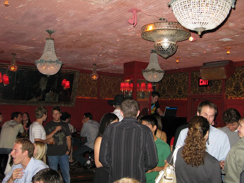 Back room at Bar Lubitsch in 2008.