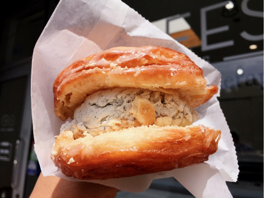 Bengees Creamy Bun Cronut Ice Cream Sandwich
