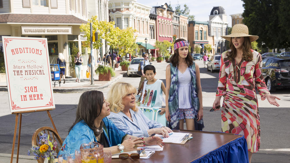 la-et-st-gilmore-girls-first-look-pictures-net-003