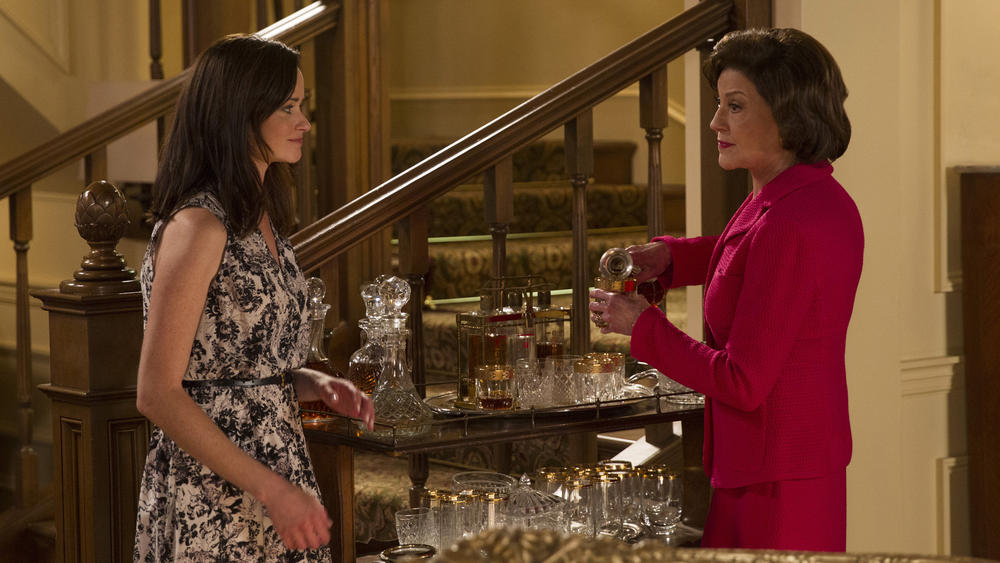 la-et-st-gilmore-girls-first-look-pictures-net-004