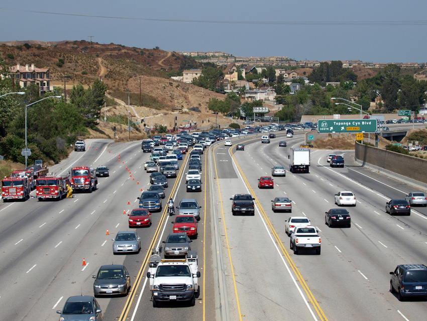 Waze, Caltrans Team Up as Traffic-Fighting Super Duo Los Angeles