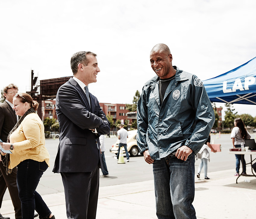 Garcetti visits the LAPD gun buyback