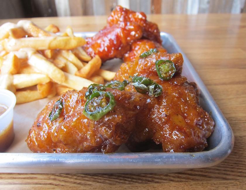 plato-soy-garlic-wings
