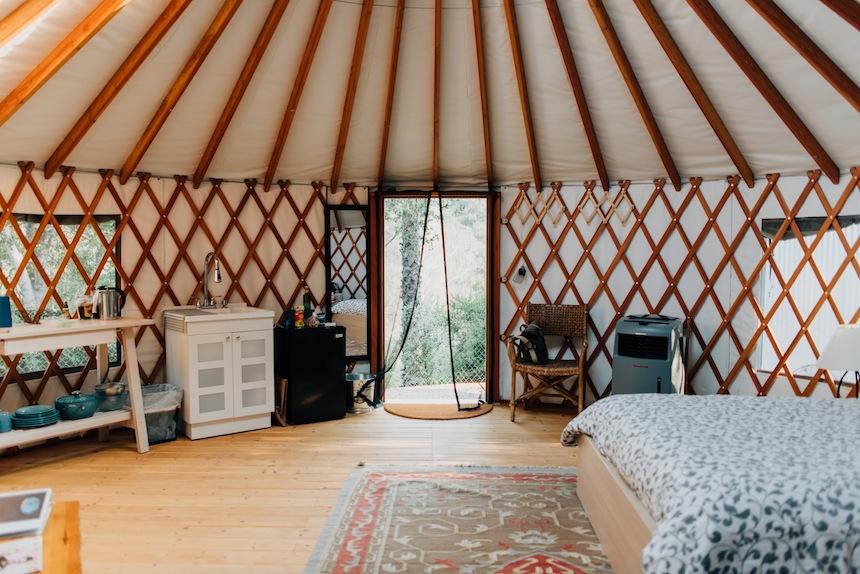Ojai hilltop Yurt