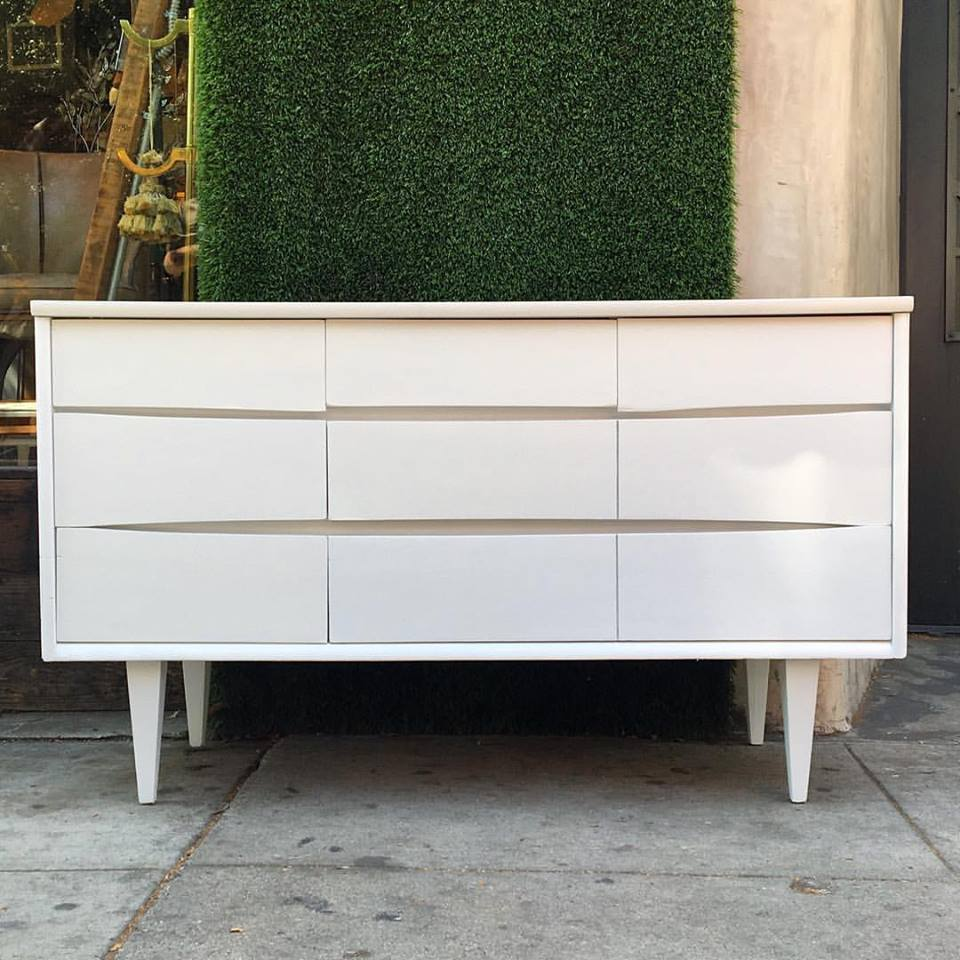 Cheap Beautiful Furniture: Where To Find Beautiful, Affordable Mid-Century Furniture