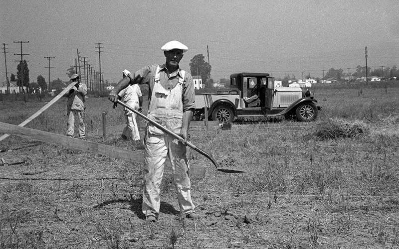 Ground was broken for the Walt Disney studio in Burbank in the summer of 1938