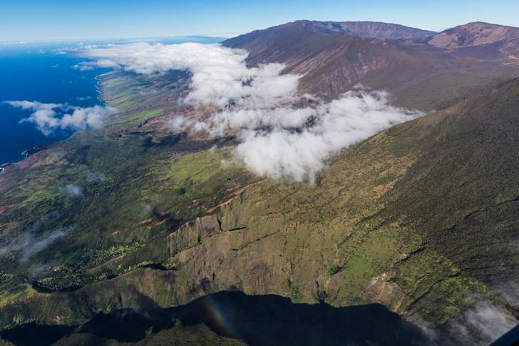 _Hawaii2_Credit-Hawaii-Tourism-Authority-(HTA)--Tor-Johnson-Island-Maui-Location-Haleakala