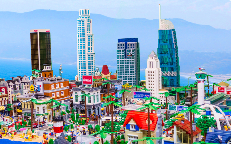 this massive lego version of los angeles is insanity los angeles