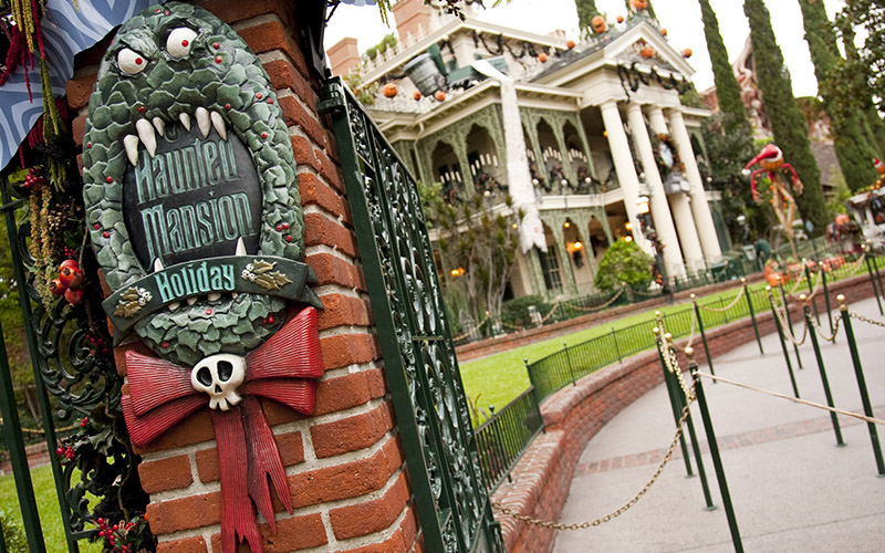 the haunted mansion at disneyland - Haunted Mansion Nightmare Before Christmas