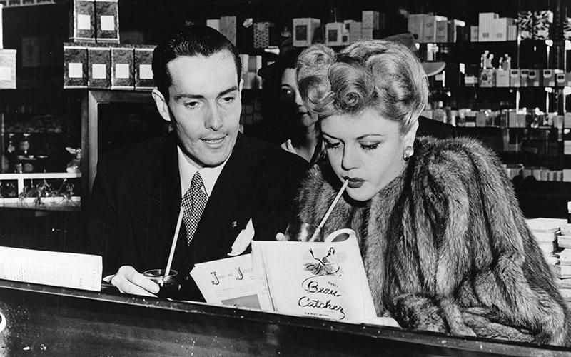 Actor Hurd Hatfield and Angela Lansbury at Schwab's Pharmacy, 1945