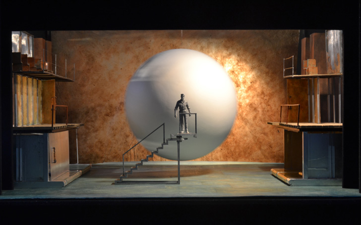 Set design (Act 2, scene 3) by Tom Pye