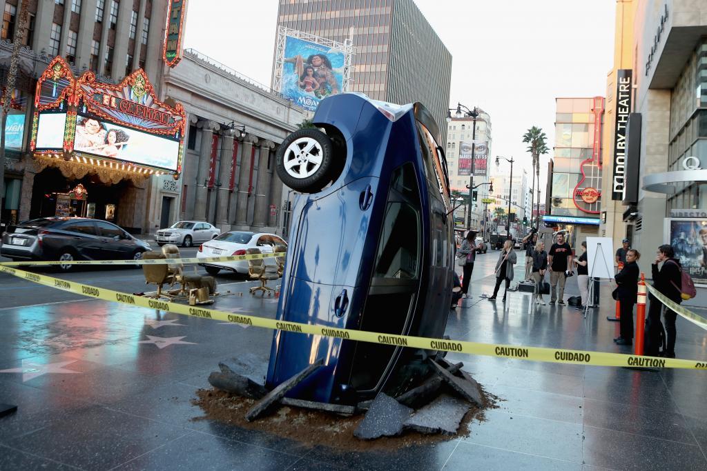 """Amazon Original Series """"The Grand Tour"""" Global Car Crash"""