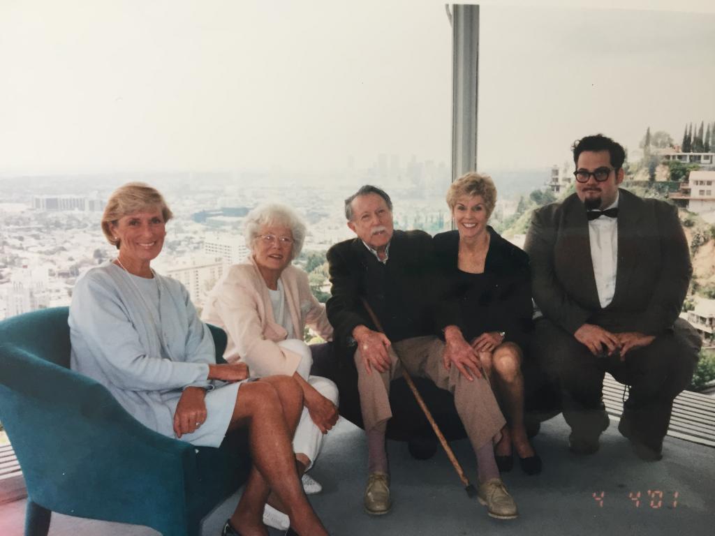 Left to right: Cynthia Murfee, Carlotta Stahl, Julius Shulman, Ann Lightbody, and City Scholar Chris Nichols.