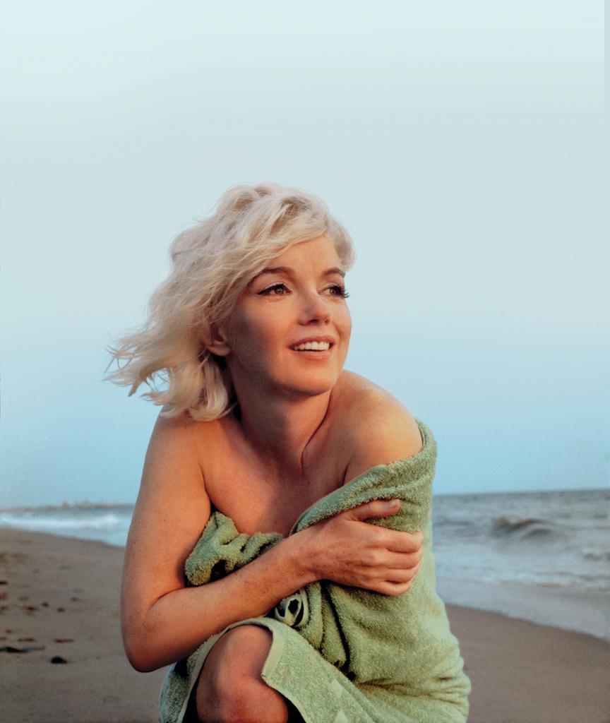 Marilyn Monroe on the Beach In Santa Monica, George Barris