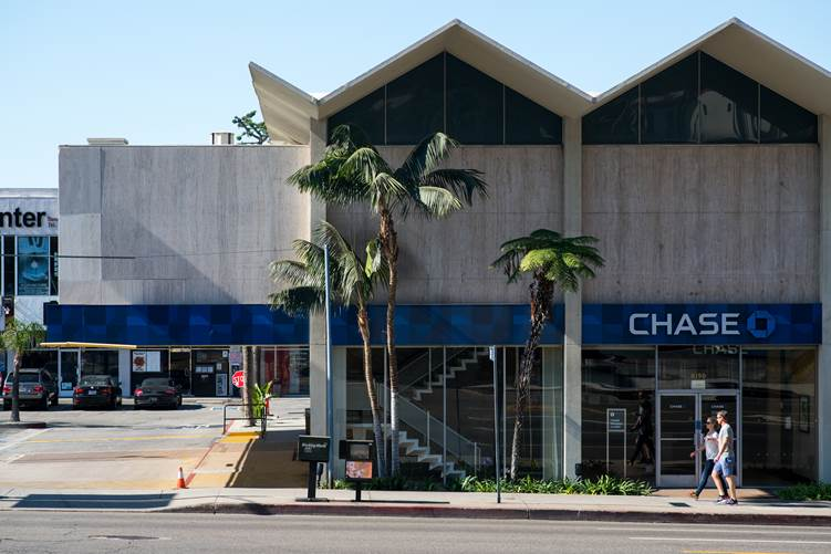 Chase Bank (Formerly Lytton Savings) in Hollywood