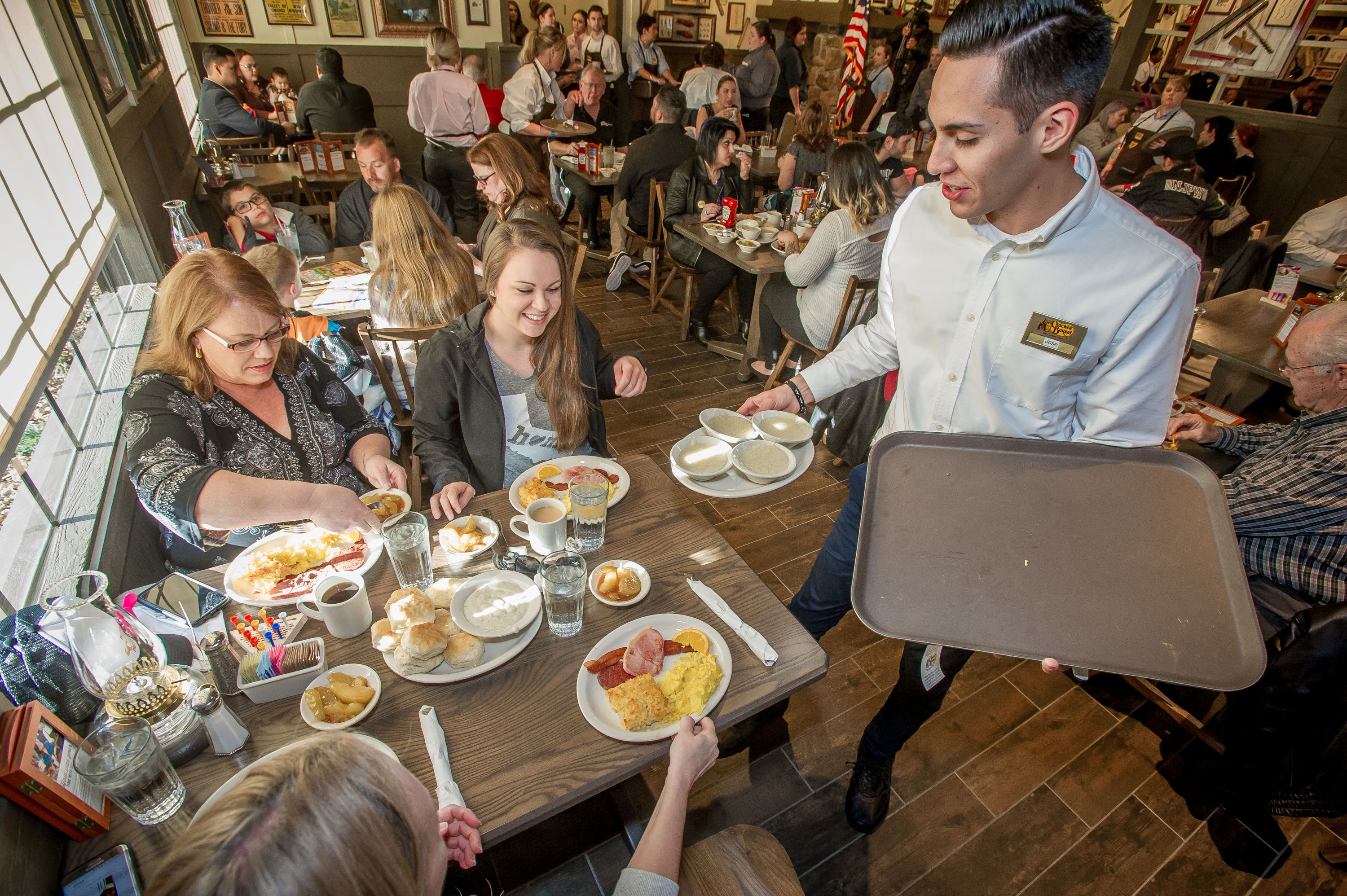 Southern California\'s First Cracker Barrel and Our Love Affair With ...