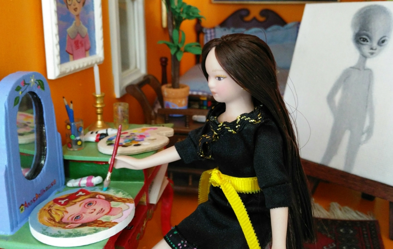 This Artist Is Creating An Entire Tiny World Inside Of A Dollhouse