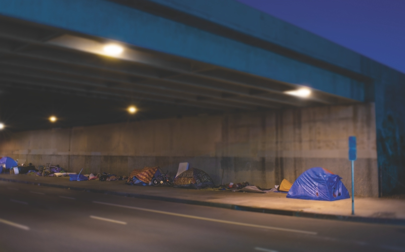 homeless los angeles underpass tents