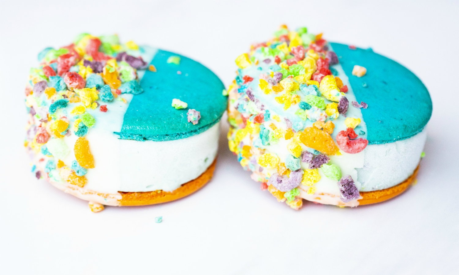 milk ice cream sandwich froot loops