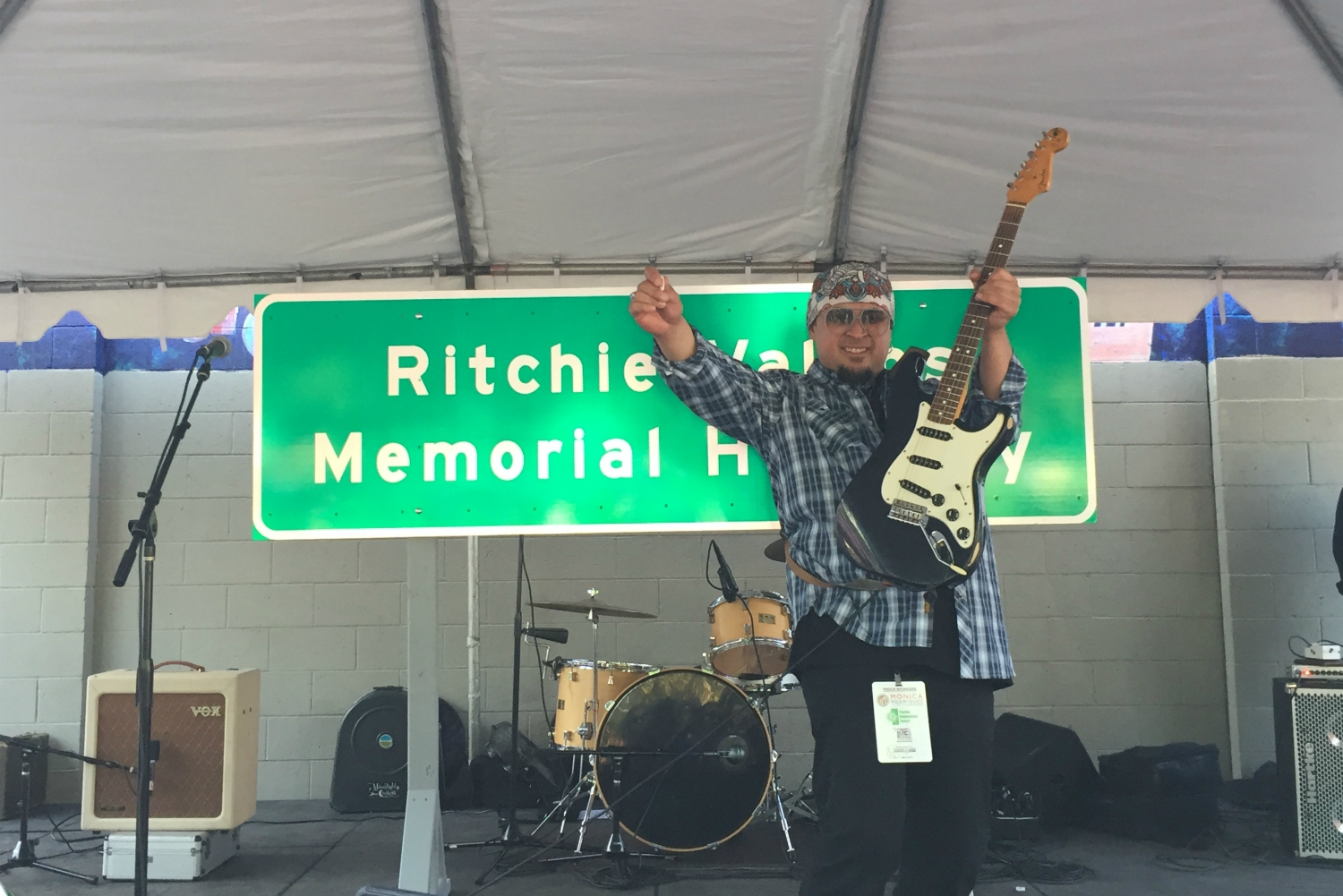 ritchie valens memorial highway