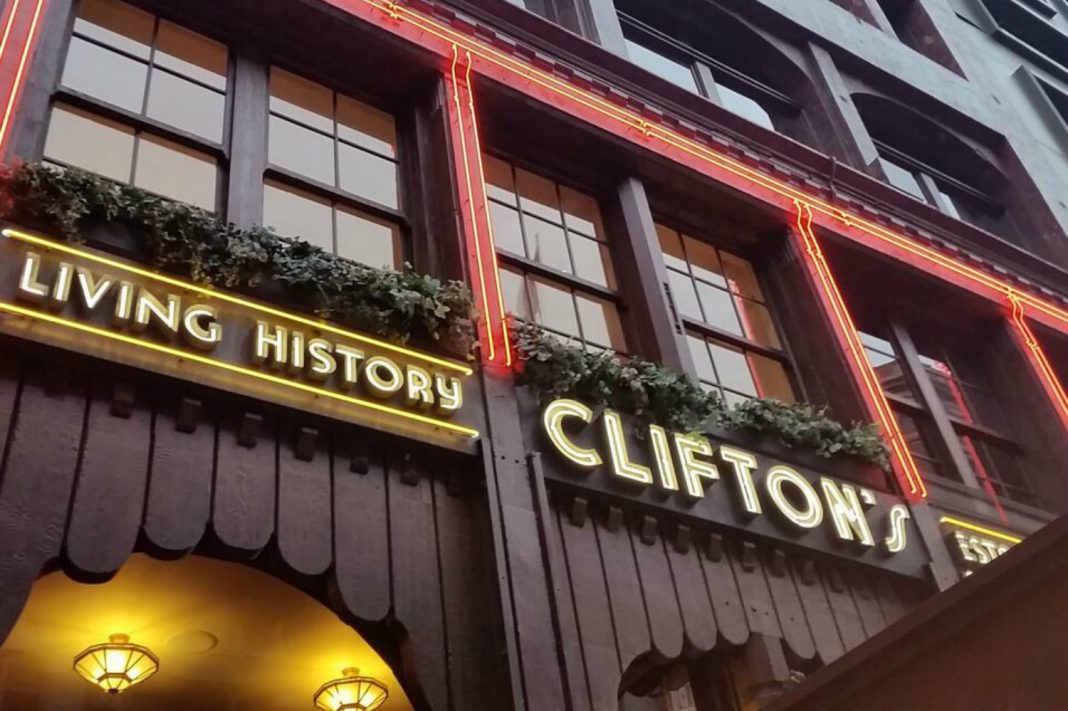 clifton's cafeteria food closing