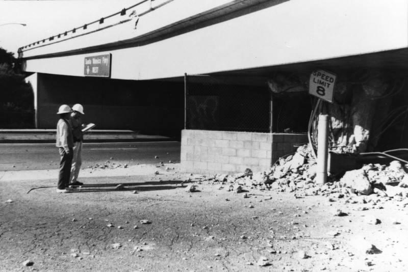 freeway overpass damage northridge earthquake
