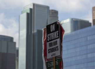 los angeles teachers strike tentative agreement