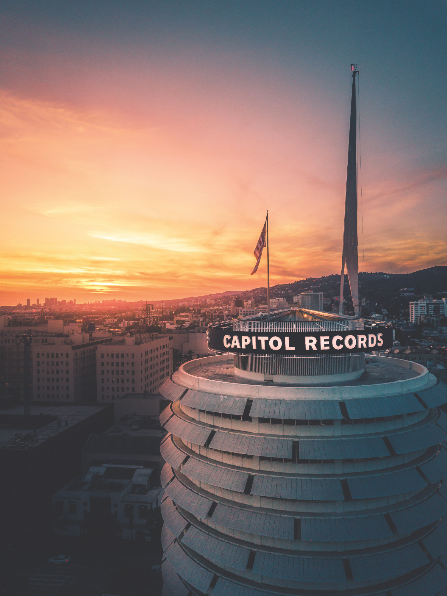 capitol records building landmark los angeles